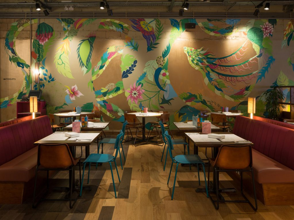 Interior design, Wahaca Winchester, mural art commission, Gola Hundun